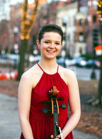 Julie Holzen